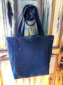 Santa Cruz Bagworks Large tote in Waxed Canvas and Leather.